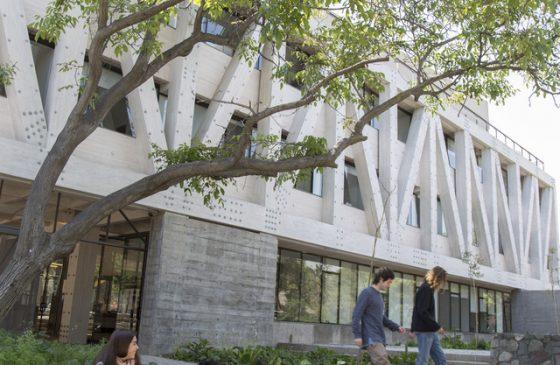 Alumni Arquitectura, Diseño y Estudios Urbanos